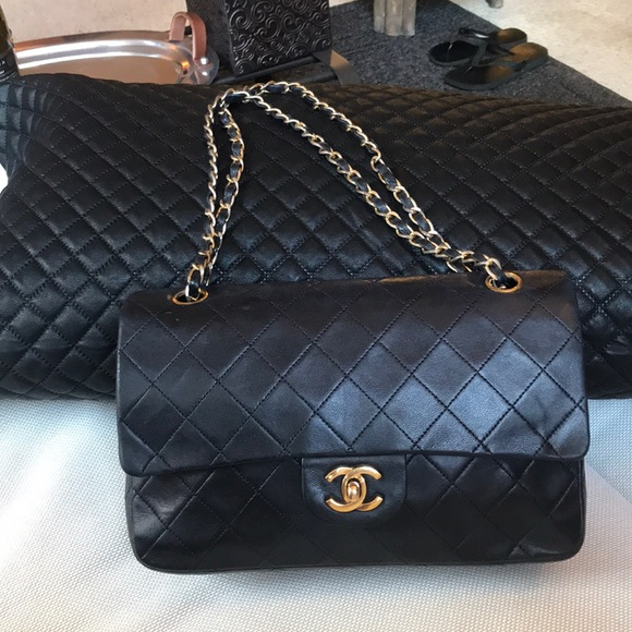 91a1d577896f50 CHANEL Handbags - Chanel Classic Double Flap Bag